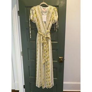 Never worn. Gal Meets Glam maxi floral dress.